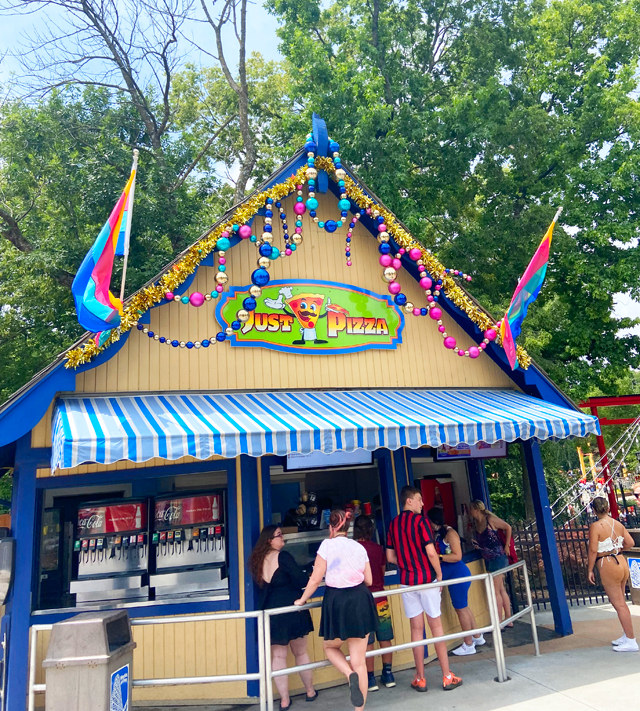 Pizza stand at Worlds of Fun